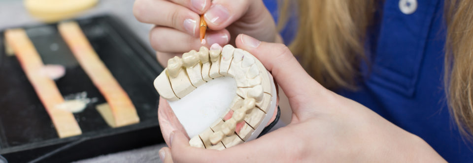 Besøk på et tannteknisk laboratorium